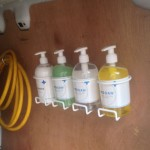 sanatiser / soap
